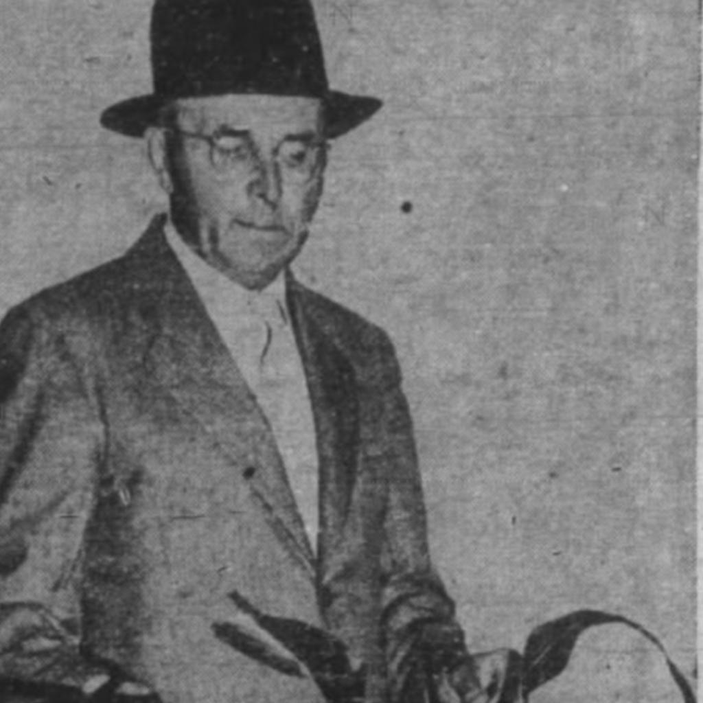 Gus L Miller