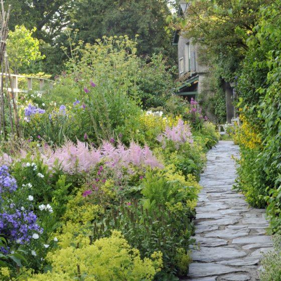 A Garden to Walk In