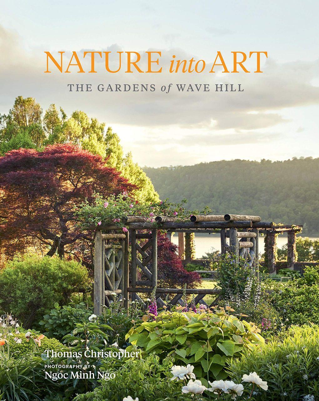 Nature into Art by Thomas Christopher and Ngoc Minh Ngo